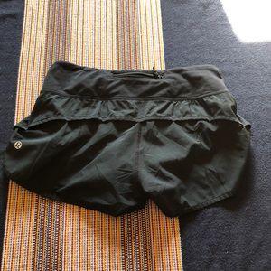lululemon athletica Shorts - Lululemon